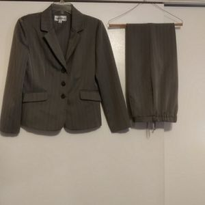 2 piece pant suit